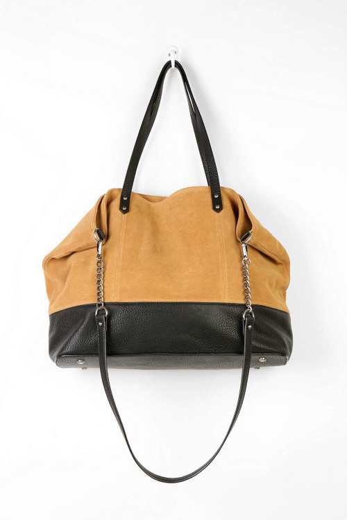 Guilt-Free Shopping: Cute Spring Totes