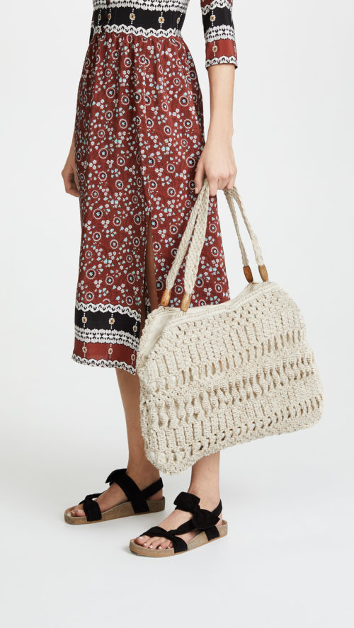 Cute Neutral Bags that Hold Everything
